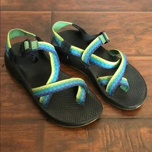 Chaco Z1 blue and green ombré